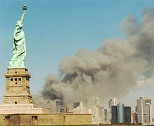 220px-national_park_service_9-11_statue_of_liberty_and_wtc