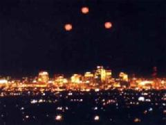 part-of-the-phoenix-lights-in-1997-that-i-suspect-are-space-alien-or-human-generated